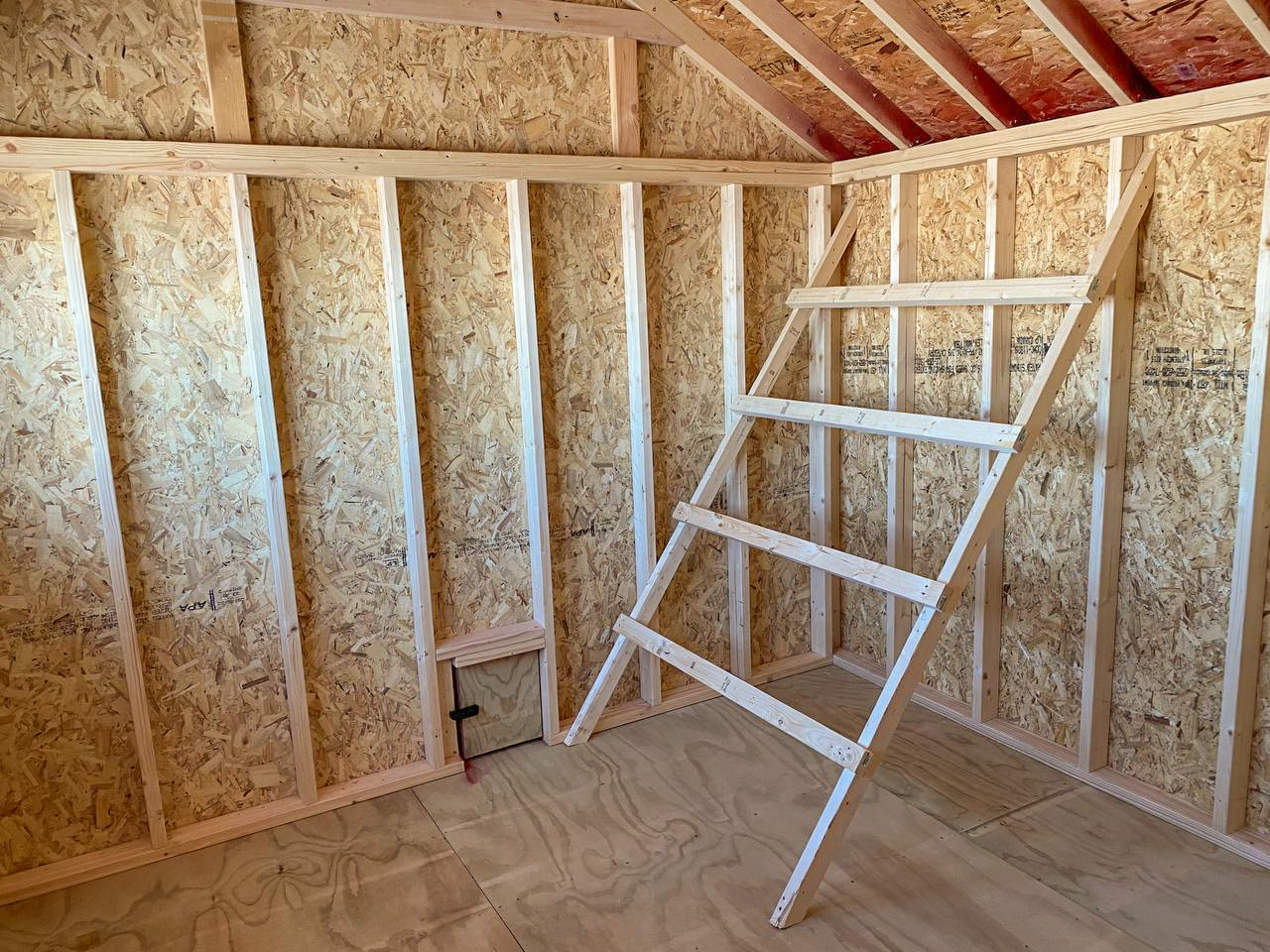 chicken coop for sale with roost